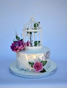 wedding cake with edible silver leaf and bird cage - Cake by majalaska