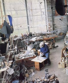 by Old Chum, via Flickr - Calder At Home: The Joyous Environment of Alexander Calder     Photography by Pedro E. Guerrero
