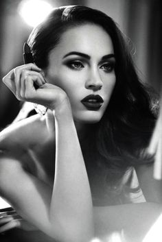 Google Image Result for http://s2.favim.com/orig/29/beauty-black-and-white-make-up-megan-fox-pretty-Favim.com-243177.jpg