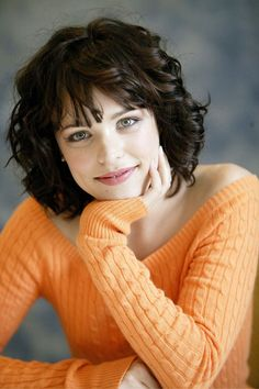New hair curly bangs rachel mcadams Ideas Rachel Mcadams, Curly Bangs, Curly Hair Styles, Curly Bob, Corte Y Color, Great Hair, Hair Dos, Dark Hair, Thick Hair
