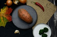 Gefüllte Süßkartoffel mit wütendem Spinat