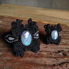 Set Macrame Bracelet/Ring Shamballa Cabochon Moonstone Waxed Cord Handmade…