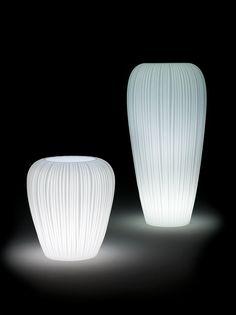 MYYOUR design / light / Skin