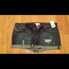 Shorts Lighting distressed, Dark wash denim shorts Forever 21 Shorts Jean Shorts