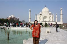 Taj Mahal (Agra, India).