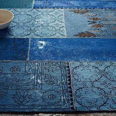 Cadiz Wool Rug - Ink from West Elm. Saved to Rugs. Shop more products from West Elm on Wanelo. West Elm Rug, Patchwork Rugs, Patchwork Patterns, Photo Bleu, Himmelblau, Cadiz, Modern Area Rugs, Contemporary Rugs, Sweet Home