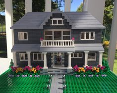 Custom Lego Model Home - Interior & Exterior Detail