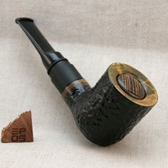 Handcrafted wooden pipe mod, powered by one 18350 Li-ion cell. E Pipe, Wooden Pipe, Carving, Style, Pipes, Swag, Wood Carvings, Sculptures, Printmaking