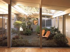 Classic Mid-Century Modern Home ~ All the glass & sunshine