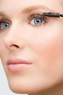 Tips on Pretty Eye Makeup For Blue Eyes