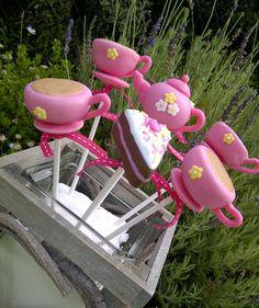 Tea Party Cakepops #cakepops #tea #teacup #teapot #cake