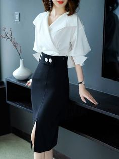 Flash Sale Contrast V-Neck Seven-Tenths Sleeves Bloues & Midi Skirt Sets Classy Outfits, Chic Outfits, Black Women Fashion, Womens Fashion, Cheap Fashion, Lawyer Fashion, Mode Chic, Discount Designer Clothes, Discount Clothing