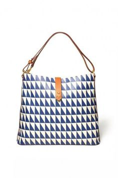 The Crosby Hobo bag in Geo Tile is a stylish bag for running errands during the day. Shop hobo bags at Stella & Dot.