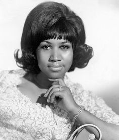 QUEEN BEE | ARETHA FRANKLIN, 1960, AGE 18 —— Portrait of Aretha Franklin, Queen of Soul, circa 1960. Join Black History Album On Pinterest