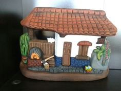 Bird Houses Painted, Clay Art, House Painting, Diy Crafts, Wood, Craft, Mud, Cool Art, Creativity