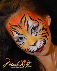 Halloween is getting closer and closer. Have you prepared all for that? For Example, a pretty Halloween makeup look? Halloween makeup ideas are becoming mo Animal Face Paintings, Animal Faces, Maquillage Halloween, Halloween Face Makeup, Cat Tiger, Tiger Face Paints, Tiger Painting, Animal Makeup, Tiger Makeup