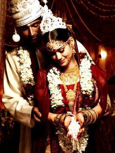 Bengali Wedding - bride and groom during ceremony |||| #bengaliwedding #indianmarriages