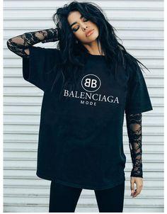 Balenciaga BB mode black tshirt street style #balenciaga #bbmode #tshirt #street #pride #black #fashionista #harajuku #gothic #rave #punkrock #hoodie #wish #tumblr #celebrity Tomboy Outfits, Tomboy Fashion, Mode Outfits, Grunge Outfits, Look Fashion, Girl Outfits, Casual Outfits, Fashion Outfits, Rebel Fashion