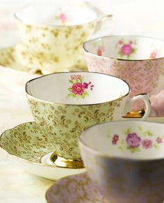 Inspired by the Royal Albert archives - Four delicate floral designs in Apple, Lavender, Rose and Parchment feature both inside and outside the cup, completed with an elegant gilt trim.