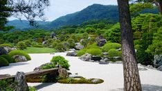 The 5 Most Beautiful Japanese Gardens from Japan Landscapes