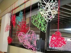 valentines dream catchers - would be a cute class project to hang in windows.