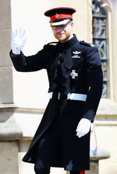 The Royal Wave - The Best Pictures Of Prince Harry And Meghan Markle's Royal Wedding  - Photos