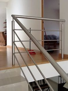Interior Stair Railing, Modern Stair Railing, Iron Stair Railing, Staircase Railings, Modern Staircase, Staircase Design, Steel Railing Design, Balcony Railing Design, Stainless Steel Stair Railing