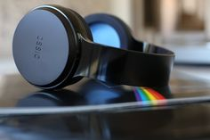OSSIC X Headphones Calibrate to Your Head and Ears to Deliver Amazing 3D Sound [Video] - http://iClarified.com/54746 - OSSIC X is the world's first 3D audio headphone that instantly calibrates to the listener, increasing the sense of auditory space, and acoustically recreating the way you hear the world everyday.