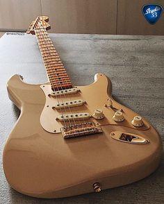 Fender Desert Sand Stratocaster