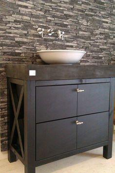 De natuurlijke sfeer van eikenhout past altijd mooi in een badkamer onze meubels worden - Badkamer beton wax ...