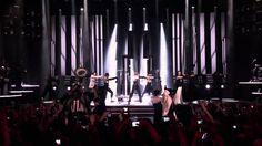 Madonna Vogue Live MDNA Tour in Olympia Paris