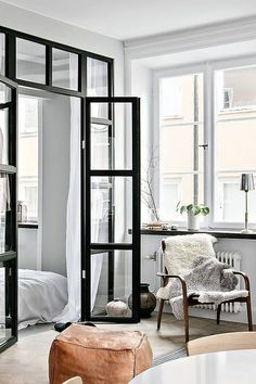 Une chambre dissimulée derrière une verrière