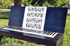 Piano painted bench