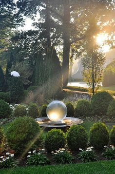 What a gorgeous garden reflecting ball!! #ContemporaryGardenLandscaping