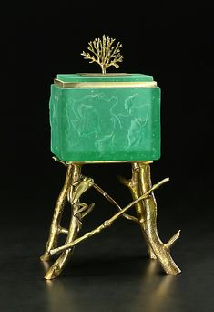 Frog Box by Georgia Pozycinski and Joseph Pozycinski. Cast glass bowl with investment cast bronze detail. For availability in additional colors, please contact our customer care department. Limited edition of Jewelry Tree, Jewelry Stand, Christmas Gift Daughter, Art And Craft Shows, Bronze Sculpture, Metal Sculptures, Abstract Sculpture, Wood Sculpture, Cast Glass