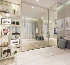 ideas closet pequeno organizacao for 2019 Decor, House, Home, Bedroom Wardrobe, Home Bedroom, Bedroom Design, Luxurious Bedrooms, Apartment, Bedroom Inspirations