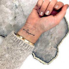 33 Cool Small Wrist Tattoos For Guys – Wrist Designs Wrist Tattoos For Women, Small Wrist Tattoos, Tattoos For Women Small, Tattoos For Guys, Love Wrist Tattoo, Cute Girl Tattoos, Small Love Tattoos, Tattoo Small, Be Free Tattoo