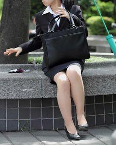 Office Attire, Work Attire, Virtual Girl, Short Heels, Girl Fashion, Womens Fashion, Office Ladies, Ao Dai, Leather Backpack