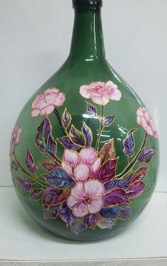 Recycled Glass Bottles, Wine Bottle Art, Plastic Bottle Crafts, Painted Wine Bottles, Painted Vases, Diy Bottle, Wine Bottle Crafts, Painting Glass Jars, Glass Painting Designs