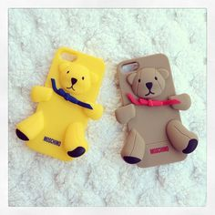 Photo by chanelinda  #moschino #mymoschino #gennarino #luisa #iphone #cover #case #yellow