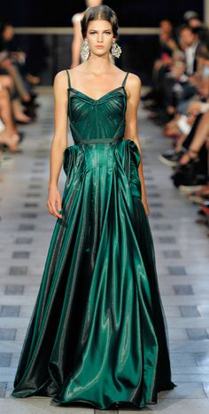 Fashion Friday: Zac Posen Spring/Summer 2012