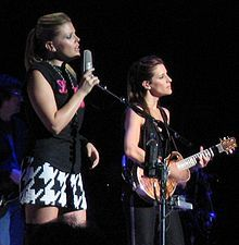 Dixie Chicks - Wikipedia, the free encyclopedia; wish they were still putting out music