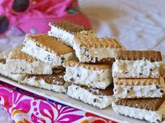 Υπέροχο παγωτό σαντουιτσακι με μπισκότα πτι μπερ και ακόμη τρία υλικά - Daddy-Cool.gr