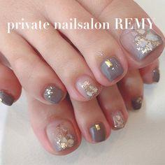 Pin on 足 Feet Nail Design, Toe Nail Designs, Pedicure Designs, Pedicure Nail Art, Toe Nail Art, Cute Toe Nails, Pretty Nails, Subtle Nails, Korean Nail Art