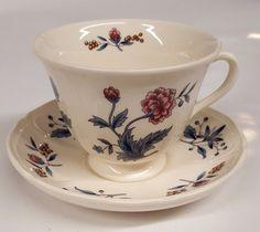 Wedgwood Williamsburg Potpourri Tea Cup and Saucer Set NK510