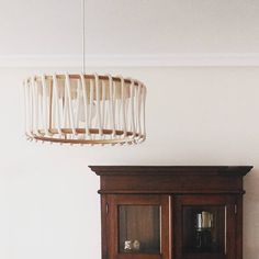 Perfect match // Combinación perfecta  #macaron #design #lighting #lampara #lamp #wood #plywood #whiteandbrown #cord #decoration #interiordesign #diseño #decor #interior #cord #interiorlighting