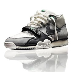 NIKE - AIR TRAINER ONE