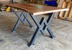 Diamant de Table à manger jambes industriel par MetalAndWoodDesign