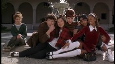 A maroon velour two piece and knee-high white socks — Dee is quite the stylista, which obviously isn& a real word and thus something Valley Girls would say. Stacey Dash Clueless, Clueless 1995, Clueless Fashion, 90s Fashion, Clueless Style, Dionne Clueless Outfits, Teen Movies, Iconic Movies, Good Movies