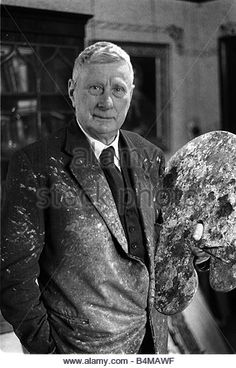 L S Lowrey February 1964 Artist Painter pictred at home in Mottram Cheshire - Stock Image Famous Artists, British Artists, Fashion Designer, Photo L, British Isles, Portrait Photography, Illustration Art, Salford, Henry Moore